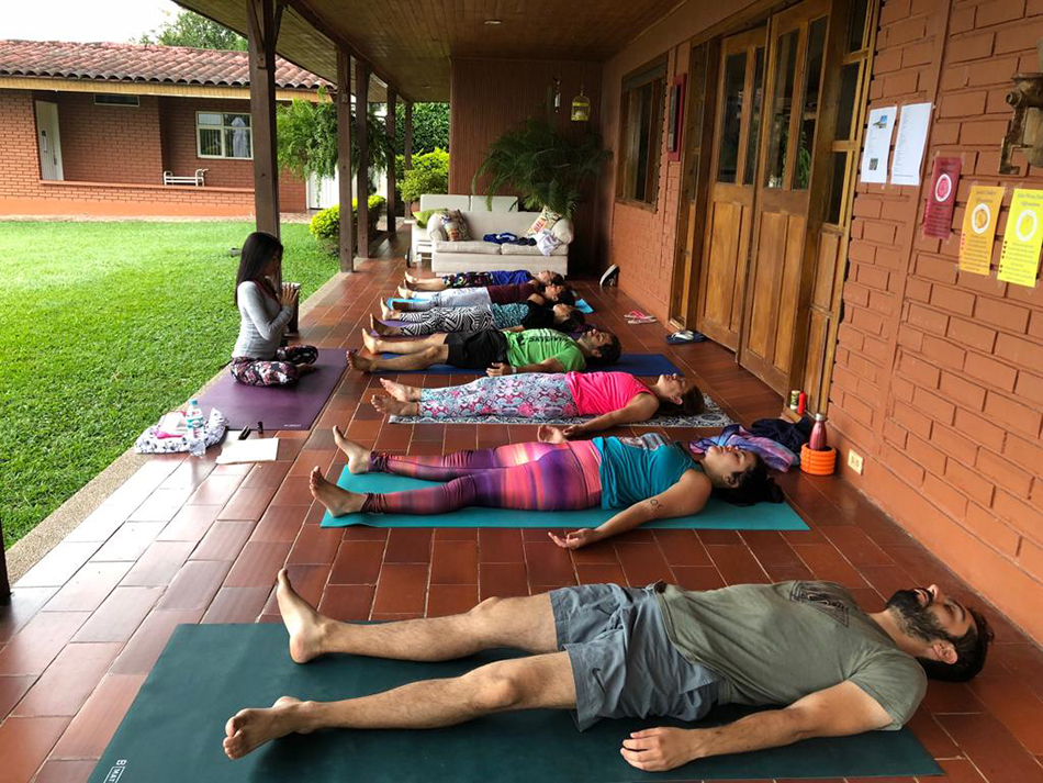 Retreat-vs-vacation-An-yoga-movement-blog